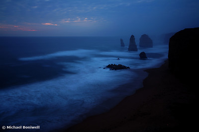 Twelve Apostles Sleep, Great Ocean Road, Victoria, Australia