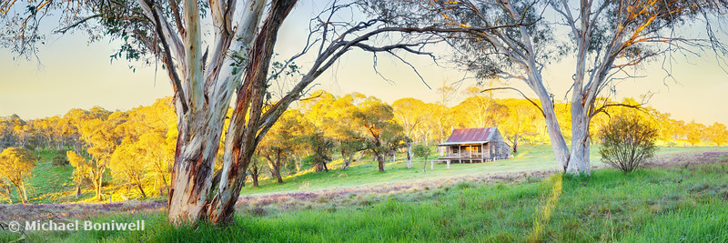 Gooandra Homestead Morning, Kosciuszko, New South Wales, Australia