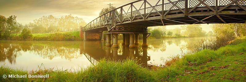 Sale Swing Bridge, Victoria, Australia