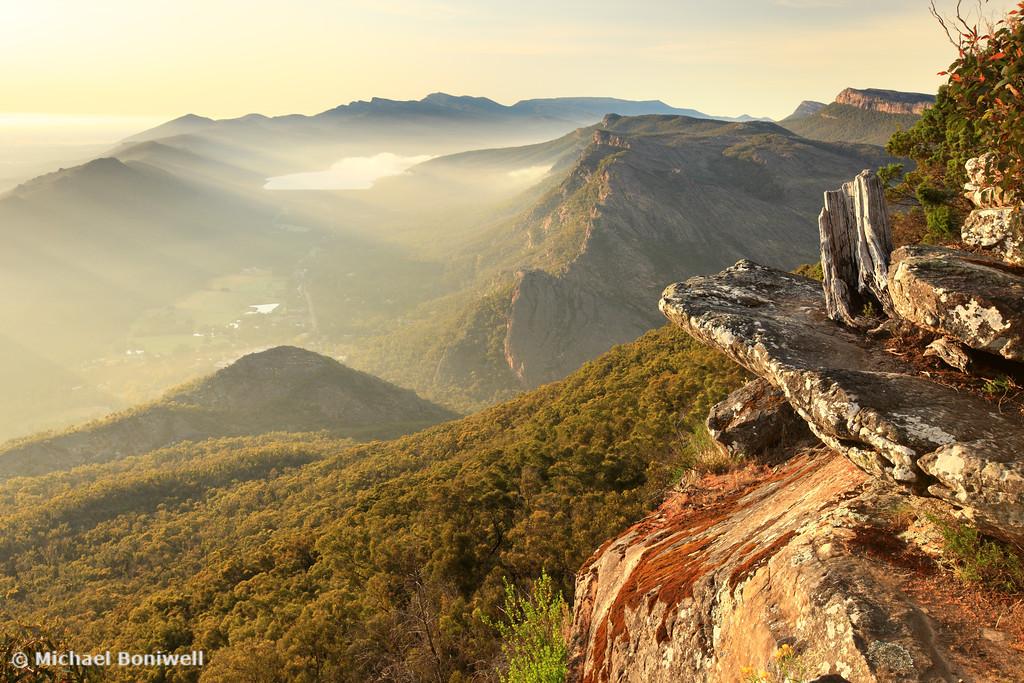 Boroka Lookout Dawn, Grampians, Victoria, Australia