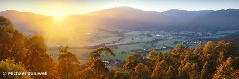 Mt Beauty Township, Kiewa Valley, Victoria, Australia