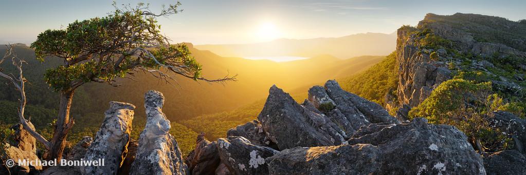 Morning finds Mt Rosea, Grampians, Victoria, Australia