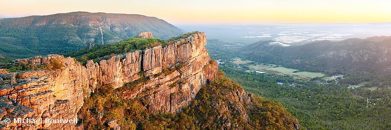 Relph Peak, Grampians National Park, Victoria, Australia