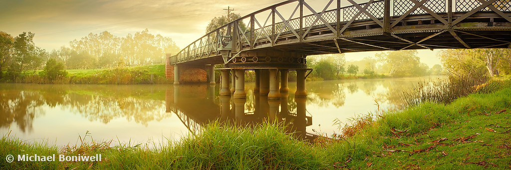 Sale Swing Bridge, Victoria, Australia