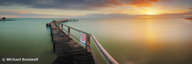 No Diving, Mornington Peninsula, Victoria, Australia