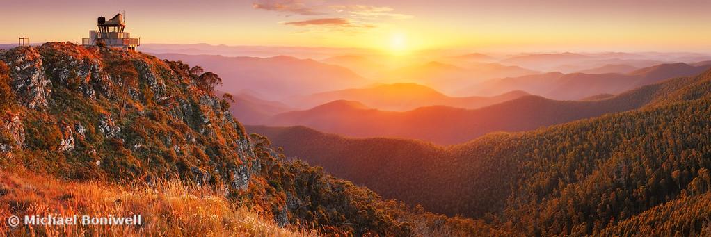 Pinnacles Fire Lookout, Alpine National Park, Victoria, Australia