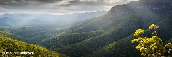 Approaching the Castle, Budawangs, Morton National Park, New South Wales, Australia