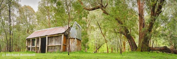 Stones Outstation Hut, Lake Eildon National Park, Victoria, Australia